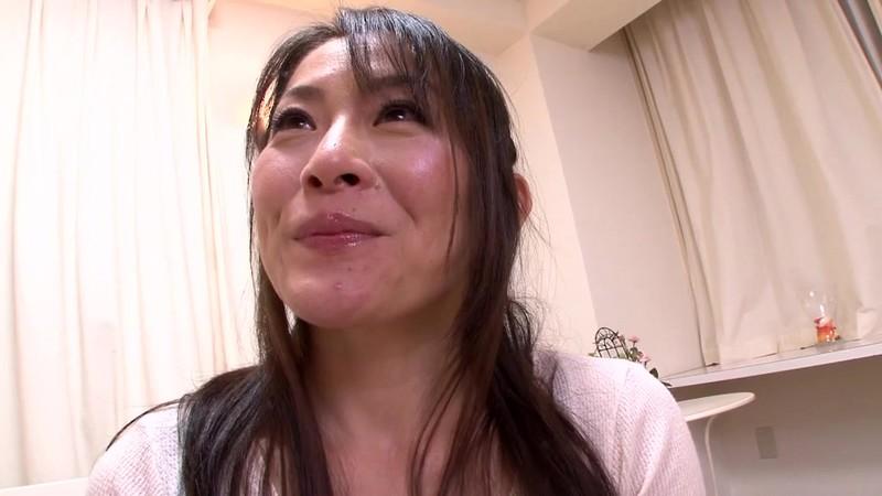 [J99-093B] 第一次AV外觀! 非常 普通 已婚 女人 尤里 40 歲 腳工作 & 吹 - R18